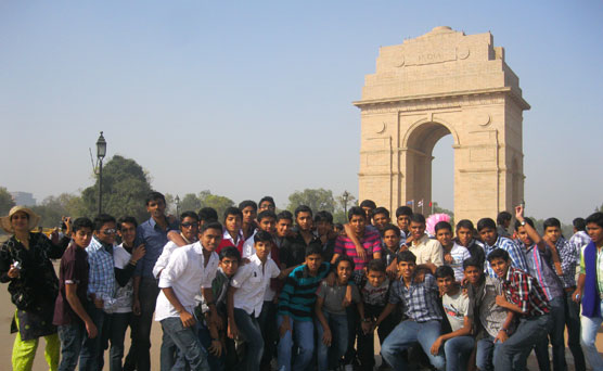 Educational-Tours-and-Picnics-pic-01